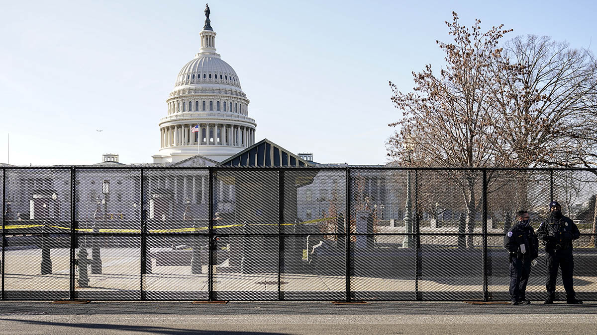 Review Says Capitol Police Ill-Equipped to Deal With Threats, More Security Measures Needed 1