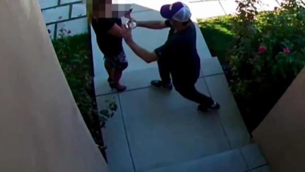 (LA) Agente inmobiliario atacado en Open House en Encino