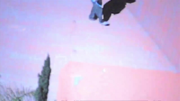 [LA] San Fernando Valley Pursuit Suspect Foot Bail