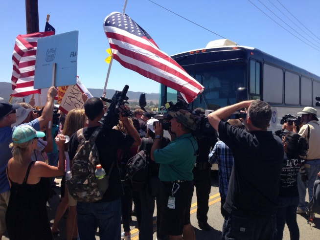 Undocumented Immigrants En Route to Murrieta