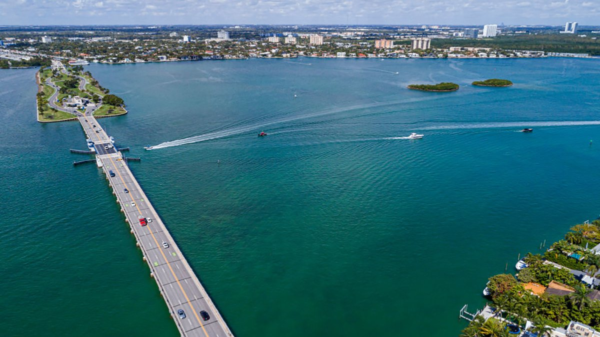 No Swimming Advisory Issued After Sewer Pipe Struck, Wastewater Spilled Into Biscayne Bay