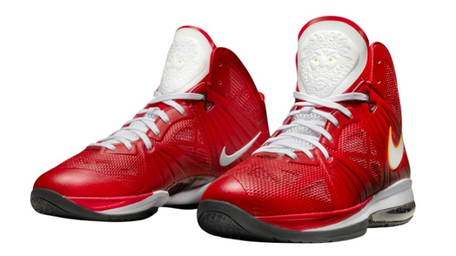 Nike Sold 500,000 LeBron Shoes Last Year