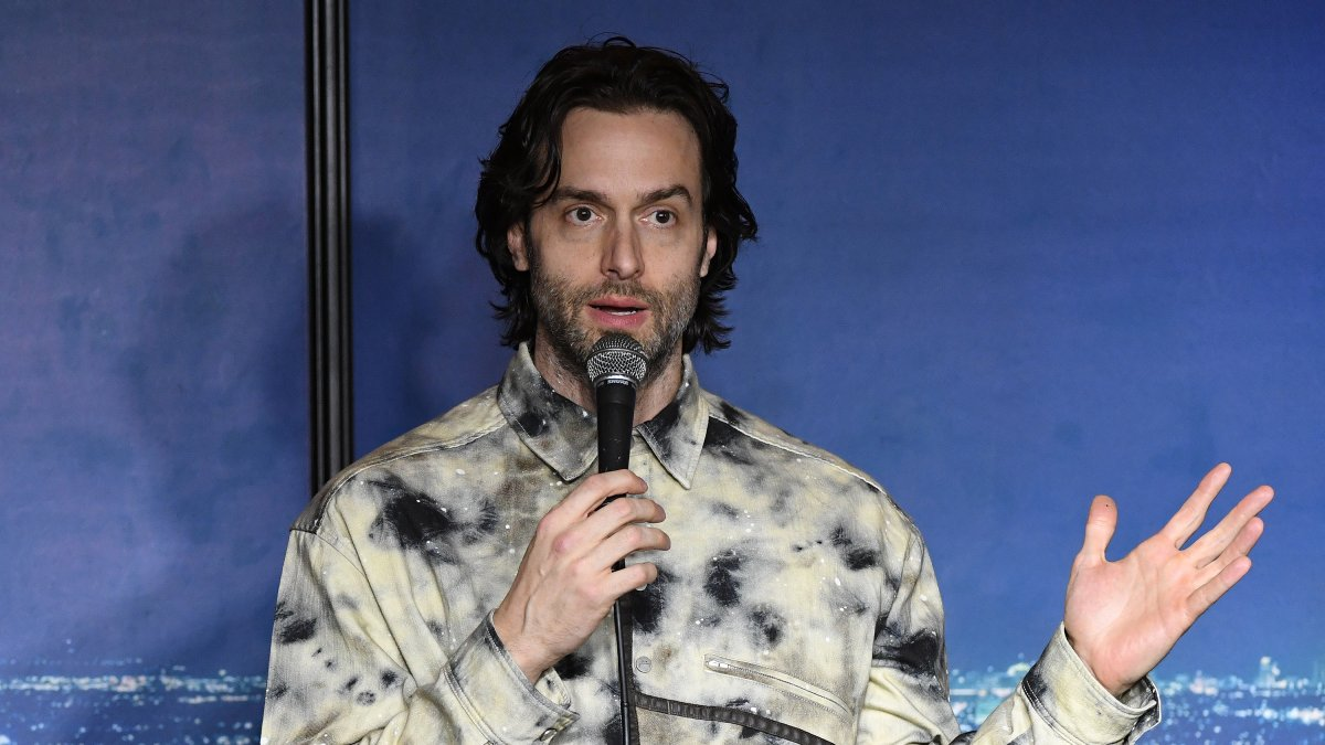 Comedian Chris D'Elia Sued for Allegedly Soliciting Nude Photos of Teen Girl