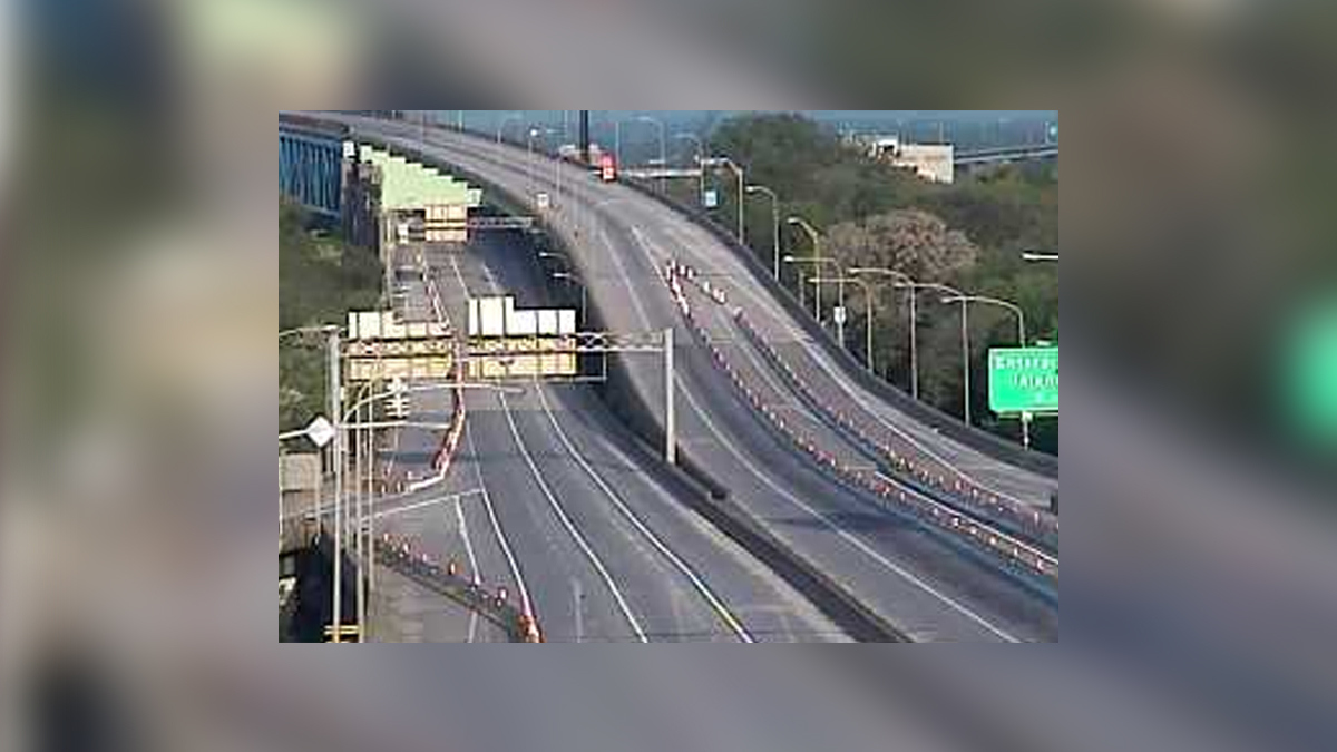 Section of Interstate 95 Closed in South Philadelphia