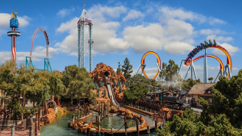Knotts Berry Farm Reopens In Time To Celebrate 100th Anniversary