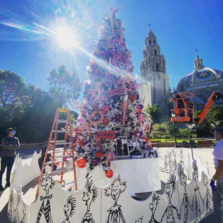 November Christmas Tree Lighting In Southern California 2020 Old Globe Reimagines Annual 'Grinch' Tree Lighting Celebration