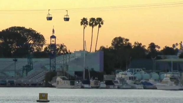 16 pasajeros rescatados en el mar viajan sobre la bahía de la misión