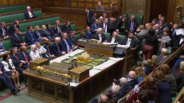 (NATL) Gran Bretaña suspende el parlamento en medio del caos y la crisis del Brexit