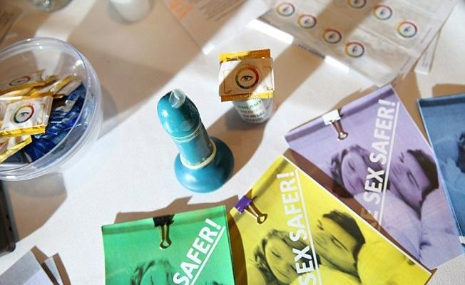 These Young Boys Have Invented A Condom That Changes Colours If The Wearer Has An STI