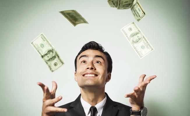 Here-Are-10-Money-Mistakes-You-Should-Avoid-In-Your-20s