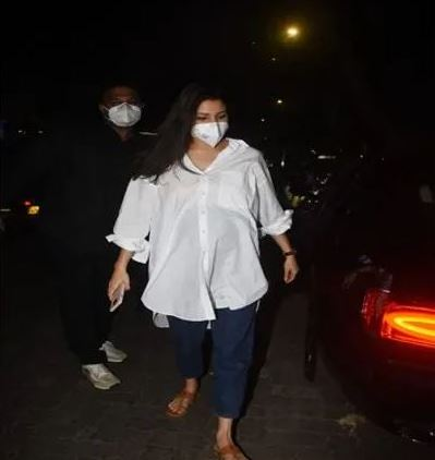 Anushka Sharma arrived to visit the doctor, this time also Virat Kohli was not seen with her husband World Daily News24 - English