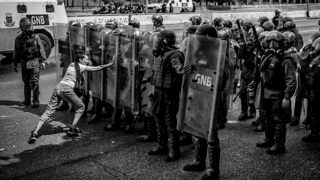 An Unflinching View of Venezuela in Crisis