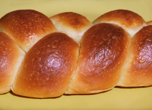 Dolly Meckler the founder of Challah Dolly wants to incorporate challah into the mainstream.