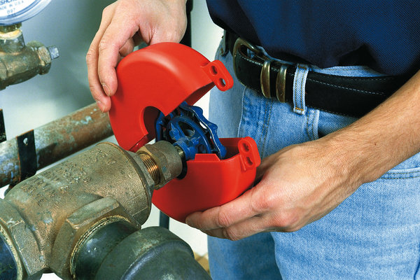 Lock Out Hazards To Prevent Accidents Ngage Media Zone Ngage Everyone