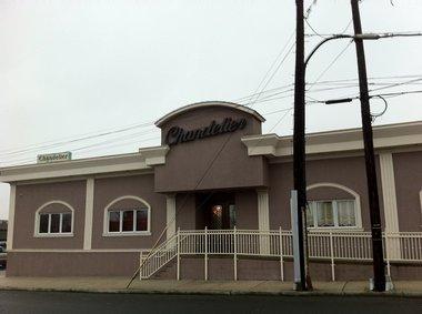The Chandelier Restaurant 1081 Broadway In Bayonne Kate Kowsh Jersey Journal