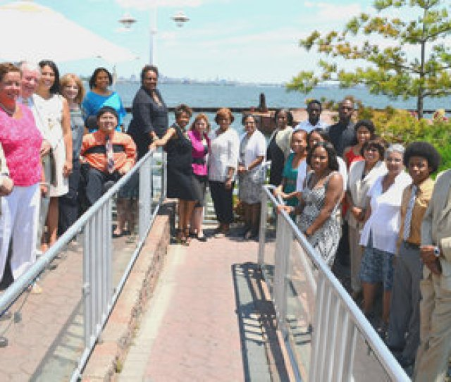 Jersey City Bayonne College Students Receive 1500 Scholarship Nj Com
