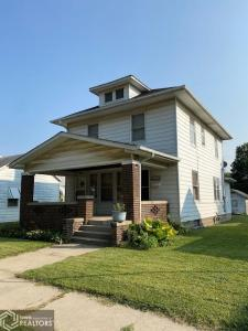 1224 Avenue, Fort Madison, Iowa 52627-2741, 3 Bedrooms Bedrooms, ,2 BathroomsBathrooms,Single Family,For Sale,Avenue,5663176