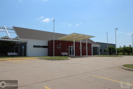 401 1st, Toledo, Iowa 52342, ,Commercial (5+ Units),For Sale,1st,5467824