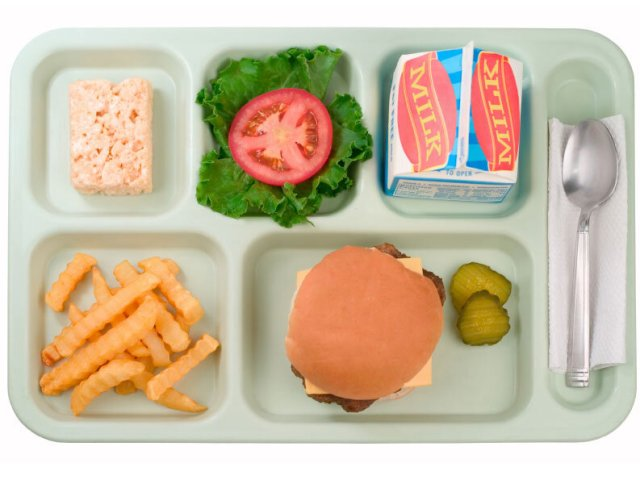 School Lunch Nutrition Worse Than Fast-Food, Says USA Today : Shots -  Health News : NPR