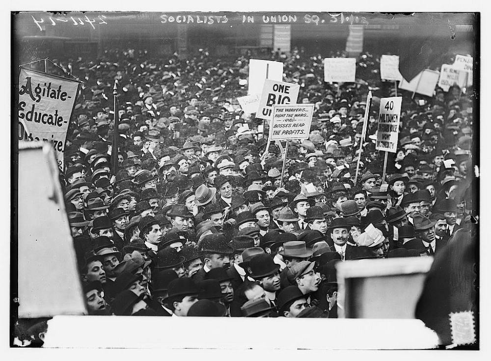 Socialists in Union Square, New York, May 1912