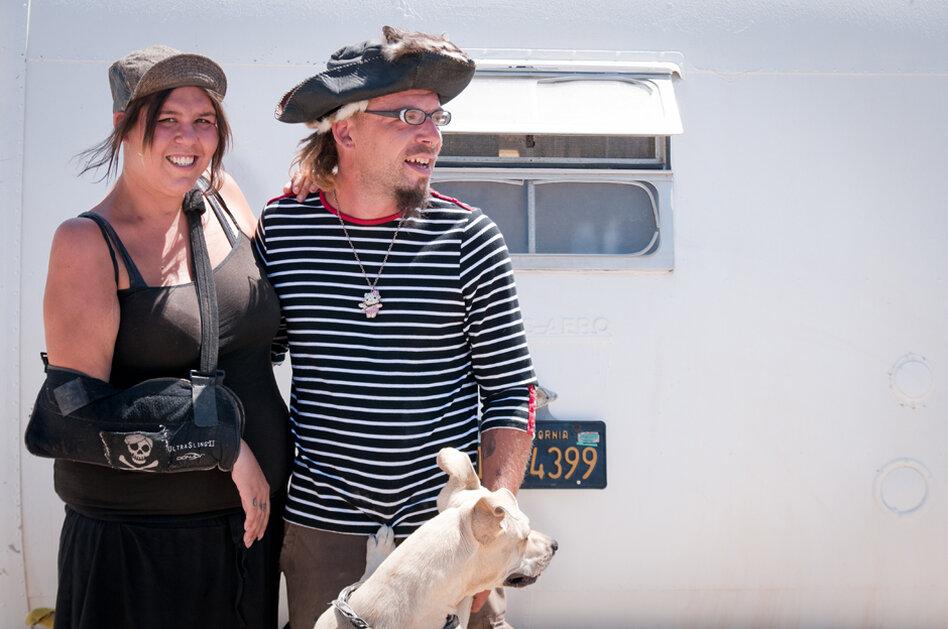 Bobbie and Sara. Came to Slab City to start a life together.