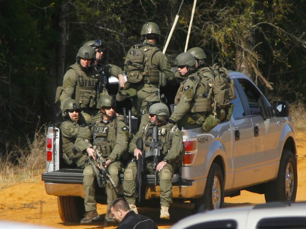 Dramatic End To Alabama Hostage Standoff Took Careful ...