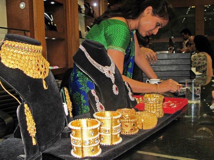 Financial Jewels for Women
