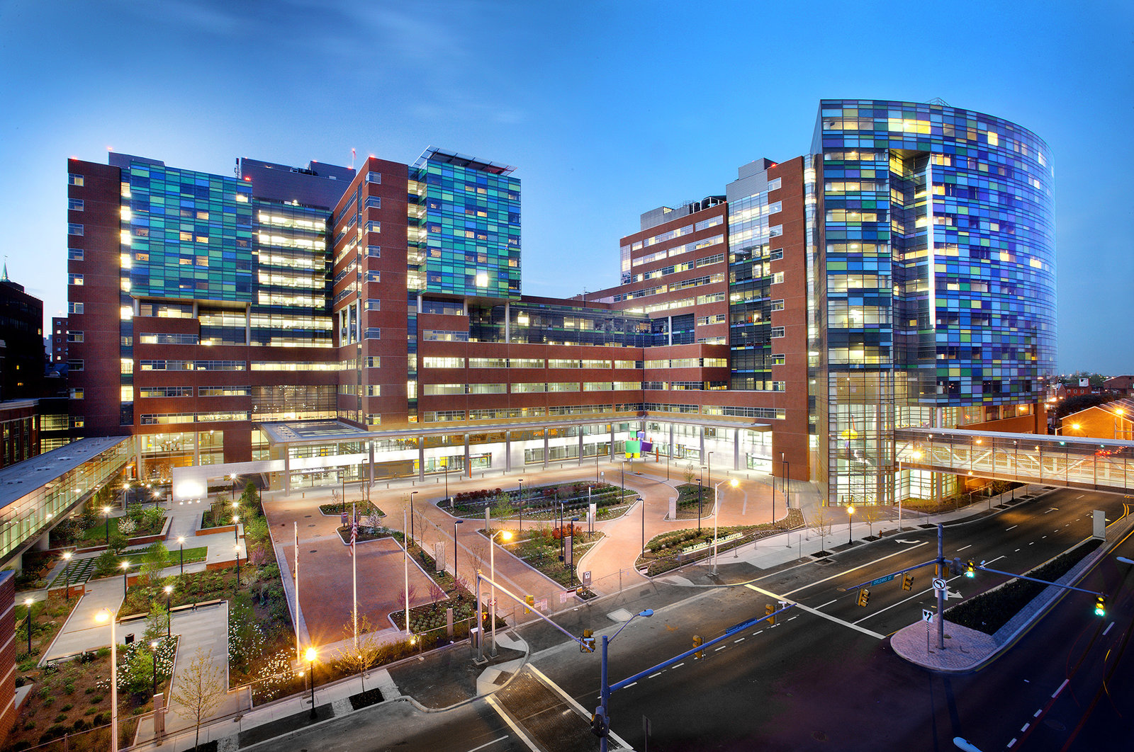 When Johns Hopkins Medicine opened gleaming new clinical buildings, it created a natural experiment to gauge patient satisfaction.