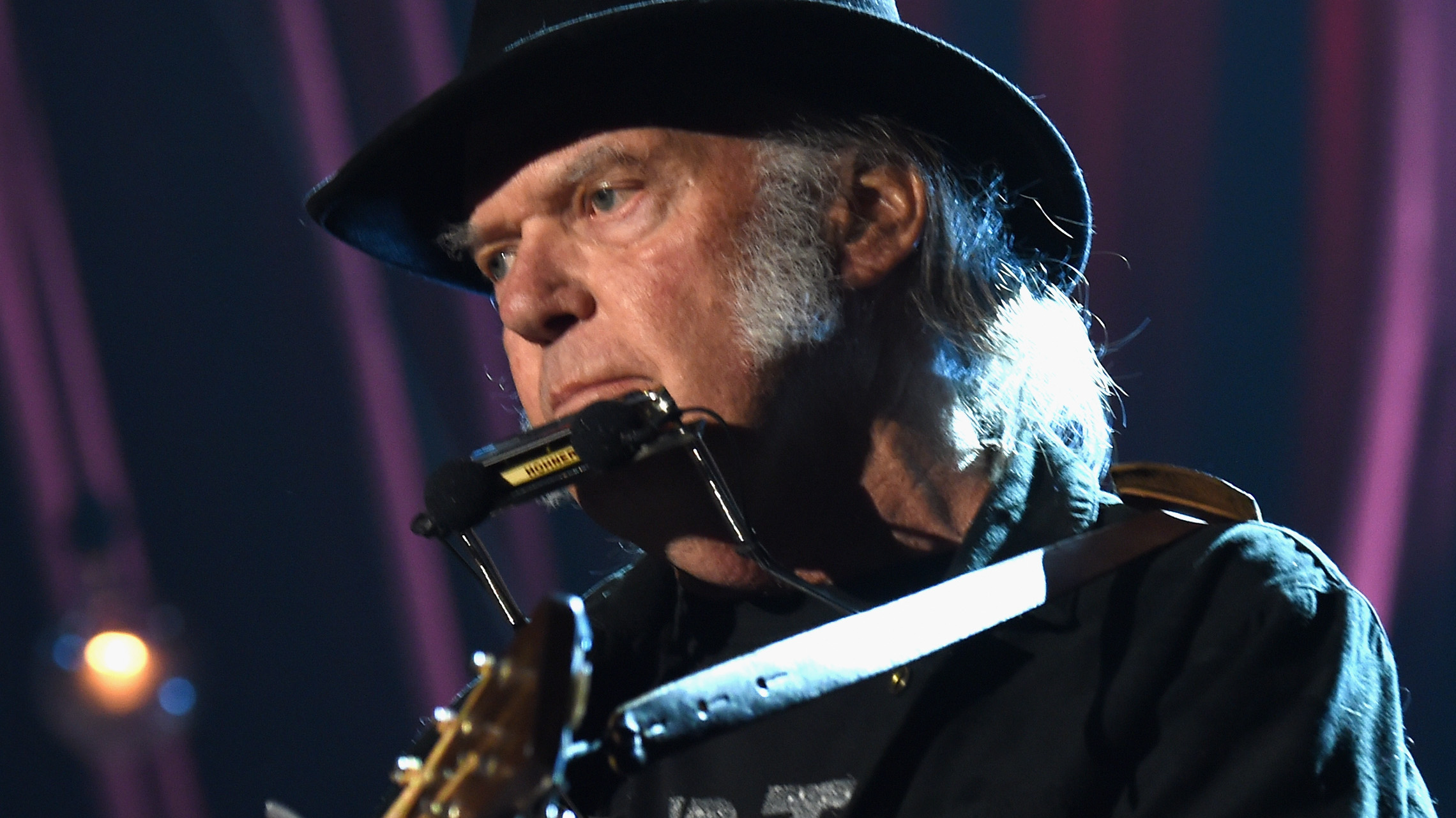 Neil Young Is Displeased That Donald Trump Was Rockin In