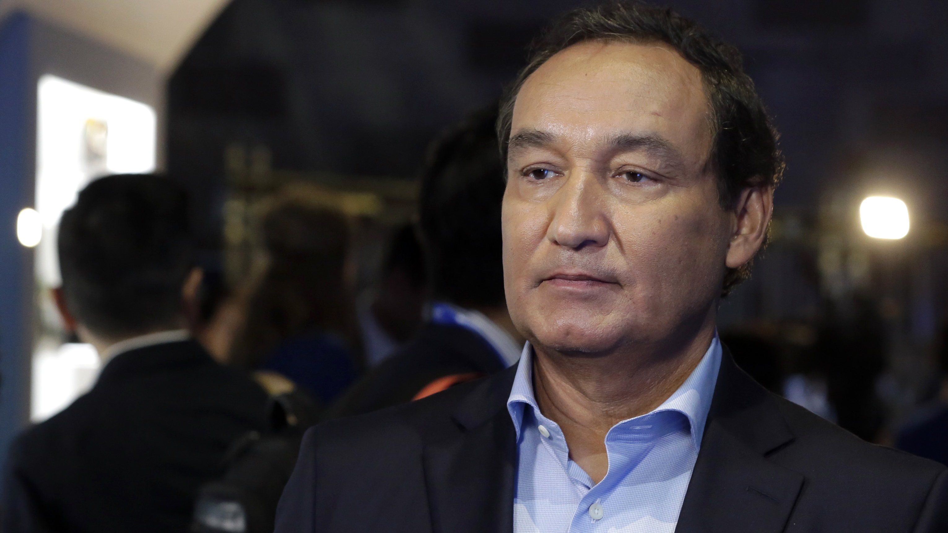 United Airlines CEO Oscar Munoz in June 2016. He will appear before a House committee today.