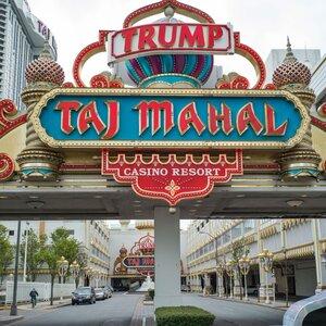 Looking Into Trump Campaign's Russia Ties, Investigators Follow The Money