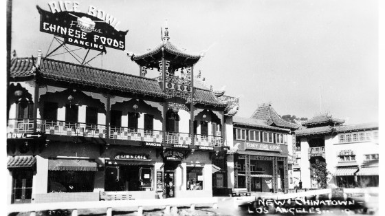 A photo taken of a Chinatown street in 1930 in Los Angeles.
