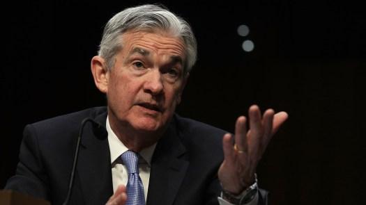 Jerome Powell, nommé pour être le prochain président du Federal Reserve Board, témoigne mardi lors de son audience de confirmation devant le Comité bancaire du Sénat.