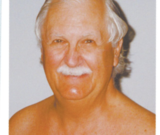 Wear Nothing But A Smile Prominent Nude Activist Turner V Stokes Dies At 90