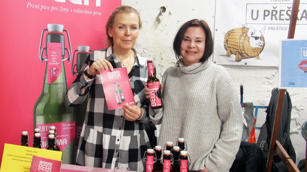 "Jana Kročáková and Petra Plánková of Mamma HELP show off their new brew aimed at helping breast cancer patients undergoing chemo ""feel normal"" and overcome their impaired sense of taste."