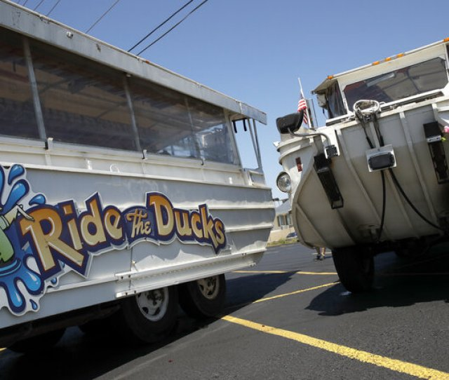 Duck Boat Captain Indicted In Missouri Lake Accident That Killed