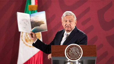 Mexico's President May Raffle Off Official Plane — And Mexicans Find It Hilarious