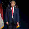 Actually, Trump Was NOT Wearing His Pants Backward At A Weekend Rally