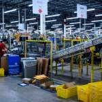California Bill Passes, Giving Amazon Warehouse Workers Power To Fight Speed Quotas 💥👩👩💥