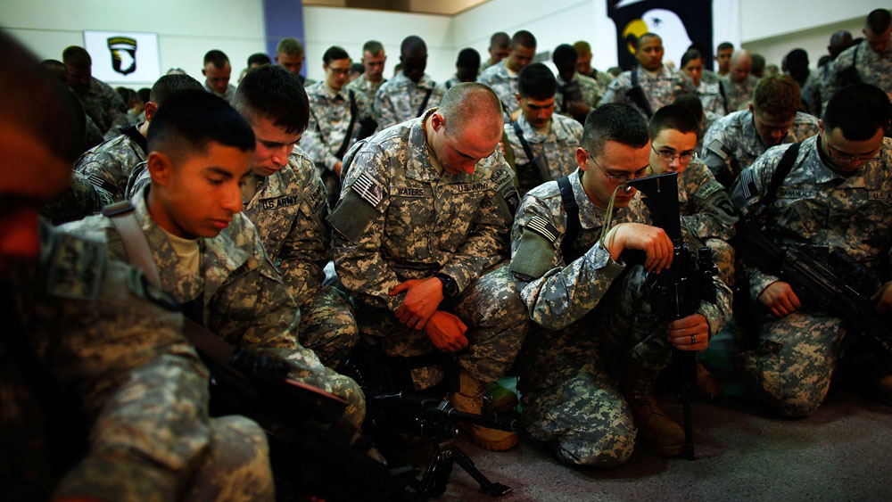 For Afghan-Bound Soldiers, A Pep Talk And A Prayer : NPR