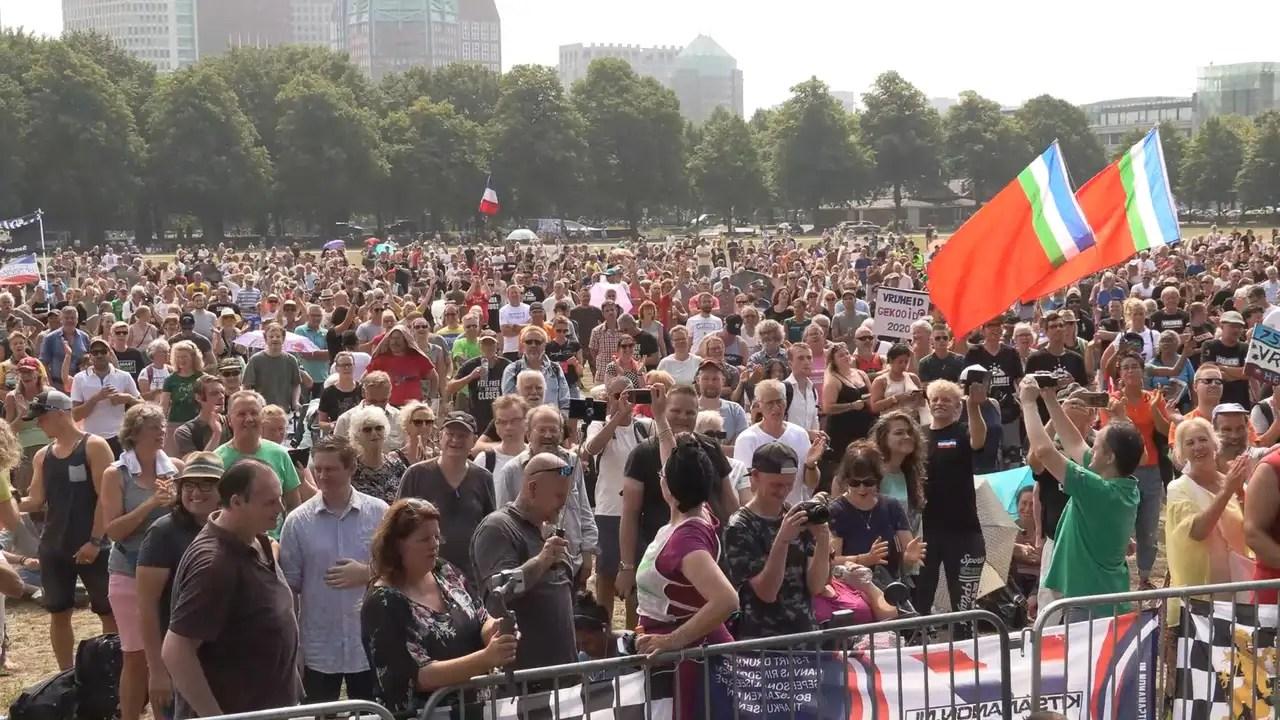 zo n 2 500 demonstranten tegen