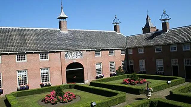 The Hofje van Aerden.