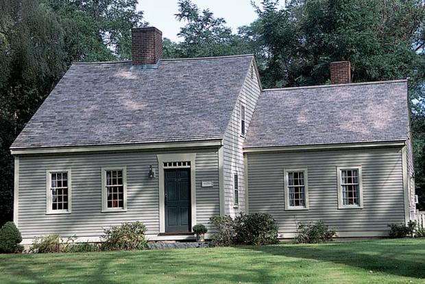 18th-century Cape Cod-style house