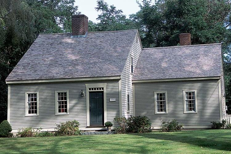 18th-century Cape Cod-style house