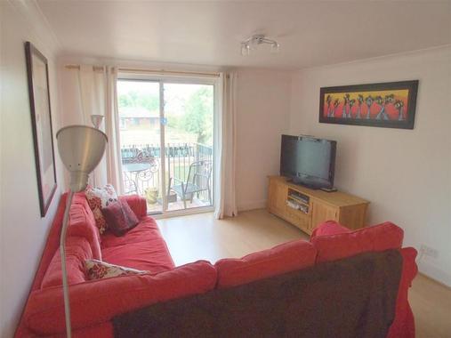Apartments Lansdowne Road Purley