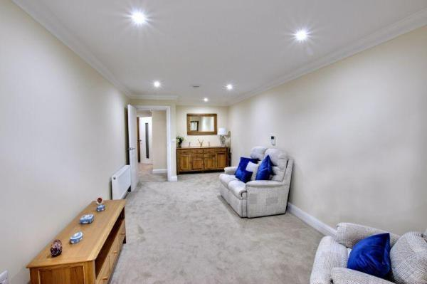 Bolnore Road, Haywards Heath 1 bed retirement property for ...