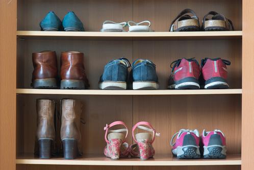 etagere a chaussure composition et