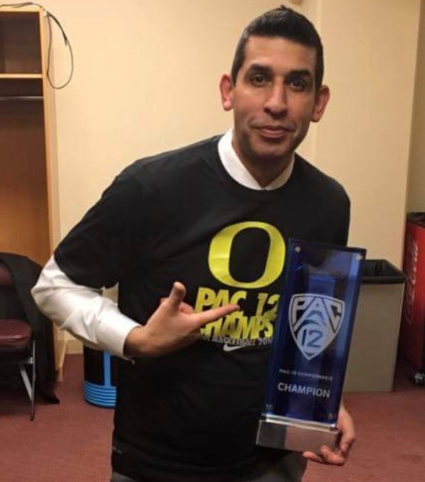Meet Mike Mennenga, the Oregon assistant coach behind the ...