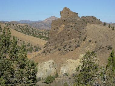 Painted-Hills-Half-Marathon-scenery-2011.JPG