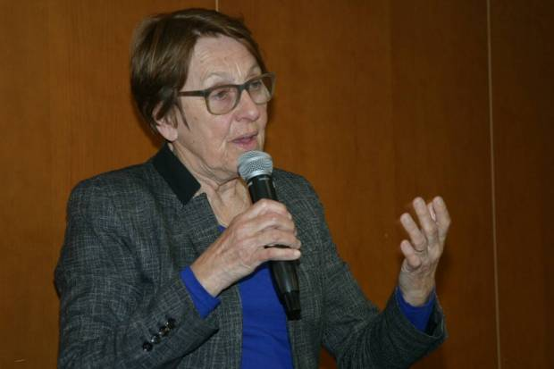 Marylise Lebranchu a animé une nouvelle réunion de l'association Restons Mutualistes à Saint-Grégoire, près de Rennes.
